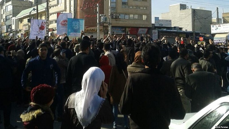 800px-29_December_2017_protests_in_Kermanshah_Iran
